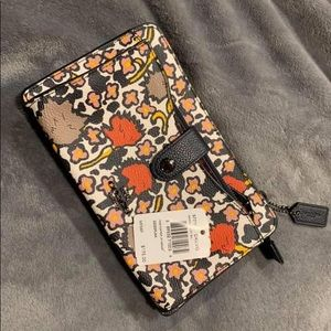 Coach 57719 Up Pouch Mixed Yankee Floral CrossBody
